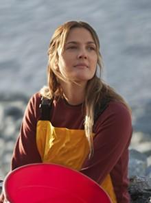 """UNIVERSAL STUDIOS - Drew Barrymoreas animal-loving volunteer Rachel in the rescue adventure """"Big Miracle"""""""