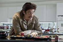 UNIVERSAL PICTURES - Benicio Del Toro in Savages