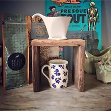 8f005e59_coffee-stand.jpg