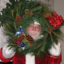 9beaea30_santa_wreath.jpg
