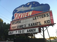 THOMAS DUESING/FLICKR - Skyview Drive-In.