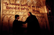 © 2002 WARNER BROS. ALL RIGHTS RESERVED. HARRY POTTER PUBLISHING RIGHTS/J.K.R.