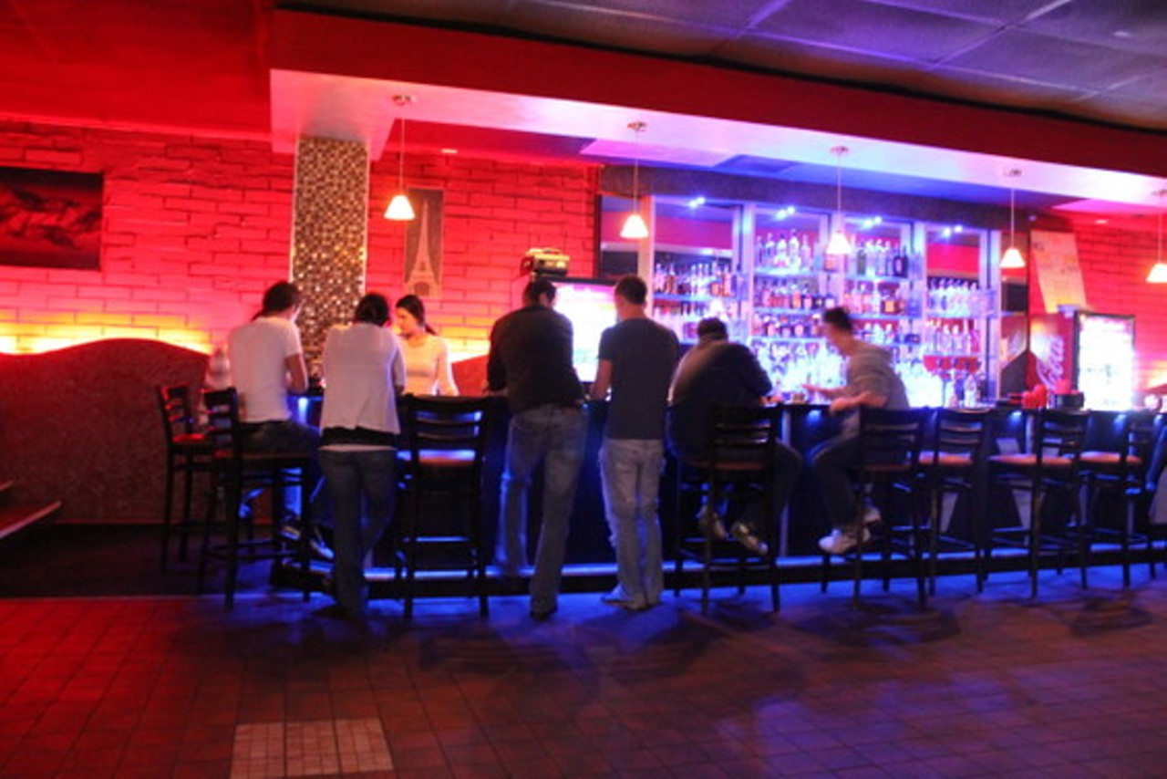 Vivid Cafe   St. Louis - South City   Bars and Clubs   Music ...