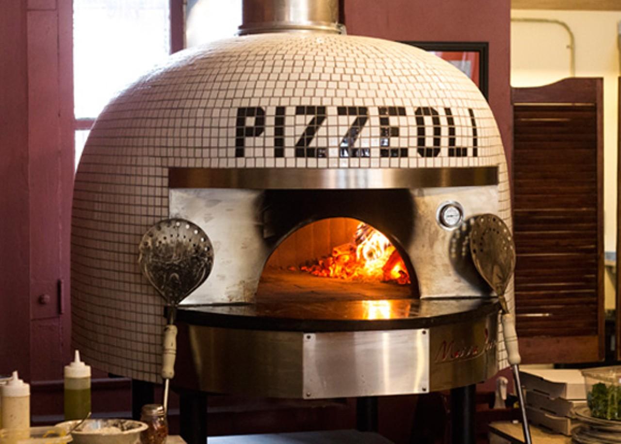 Pizzeoli St Louis Soulard Pizza Restaurants