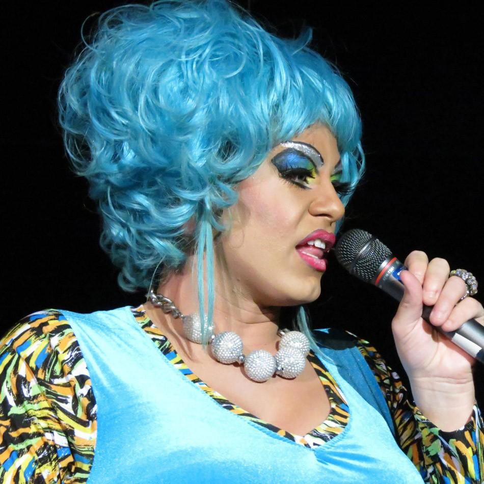 Gay movie drag queen blues