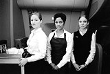"TOUCHSTONE PICTURES - No, they don't like you: Erika - Christensen, Judith Scott, Kate Beahan in ""Flightplan."""