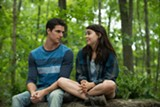 "PHOTO COURTESY LIONSGATE - Robbie Amell and Mae Whitman in ""The DUFF."""