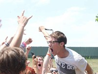 CONCERT REVIEW: Vans Warped Tour 2012: Yellowcard, Taking Back Sunday, Lostprophets, Polar Bear Club