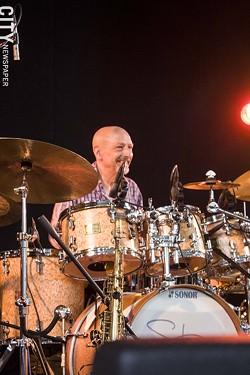 Steve Smith performed in the Harro East Ballroom. - PHOTO BY ASHLEIGH DESKINS
