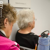 """[ Slideshow ] OASIS Students in """"The Brain"""" class. PHOTO BY MARK CHAMBERLIN"""