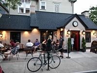 Rochester restaurants re-imagine sit-down service