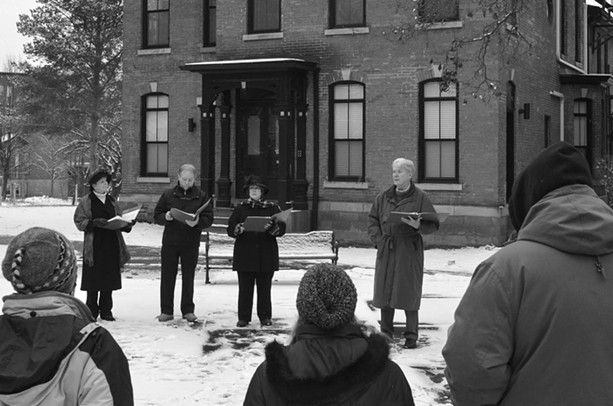 "Corn Hill historian Jim DeVinney (far right) and castmates presenting last year's ""Memories of a New Year's Day"" tour. Photographer: Ira Srole. - COURTESY OF JIM DEVINNEY"