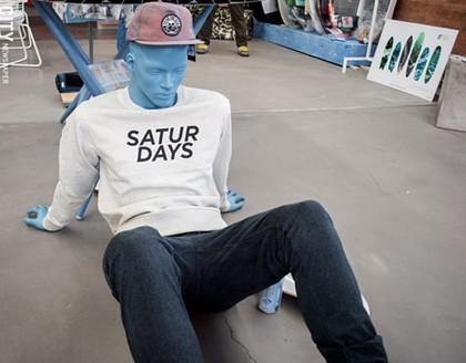 Men's lifestyle shop pops up on University