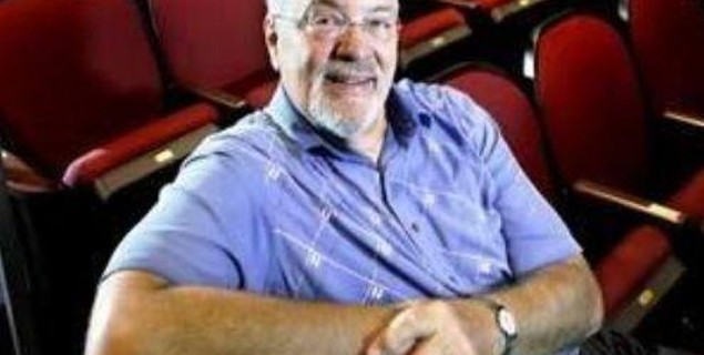 Jack Garner, whose film reviews informed generations, is dead at 75