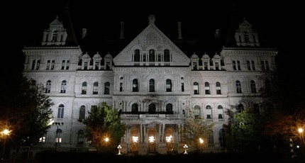 Legislators to strip Cuomo of emergency powers