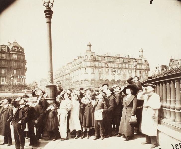 """Eugène Atget'S 1912 photo, """"L'Éclipse."""" - PHOTO COURTESY GEORGE EASTMAN MUSEUM"""