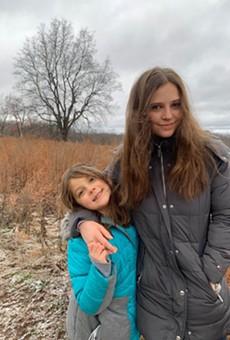 Ana Dobrot (r) and her sister, Nicoleta.