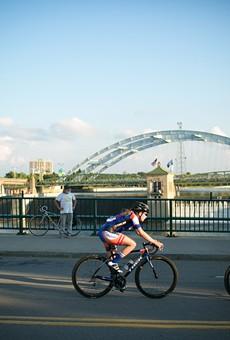 Local legislators push for 'three-foot' bike safety law