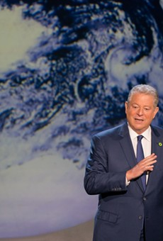"""Al Gore gives good presentation in """"An Inconvenient Sequel: Truth to Power."""""""
