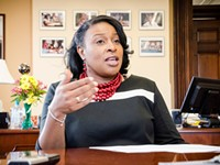 Mayor Lovely Warren says she won't resign, but she could be removed. Here's how.