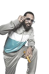 PHOTO COURTESY STARZ TV NETWORK