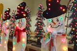 ae7e79cd_light_up_snowmen.jpg