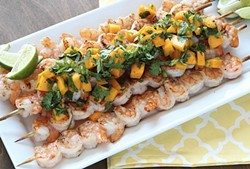 grilled-shrimp-skewers-with-mango-salsa-7jpg