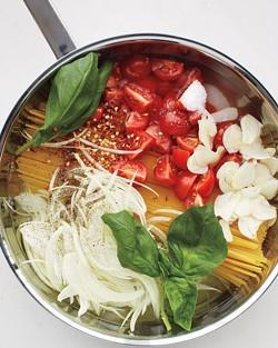 msl-kitchen-spaghetti-0131-md110059_vertjpg