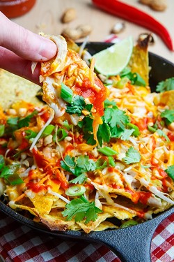 chicken-pad-thai-nachos-800-7659jpg