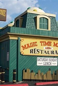 22. Suffer Through Dinner At The Magic Time Machine