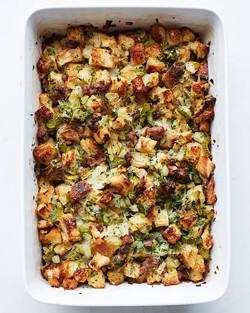sausage-stuffing-0109-d110470_vertjpg