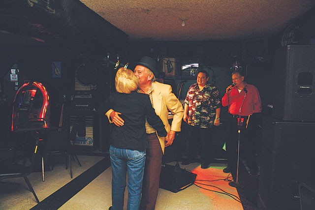 A couple dances the night away at South Town Tavern. - VERONICA LUNA