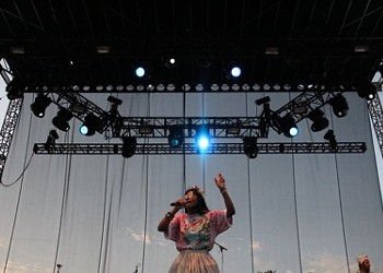 ACL 2011, Day 1: Kanye West & Santigold