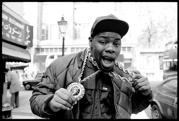 Biz Markie flaunting his ice in London, 1988 - DAVID CORIO