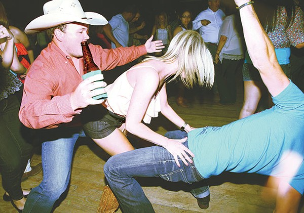 Country twerkin' at Cowboys