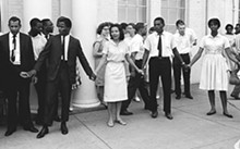 Diane Nash (center), one of the riders' leaders