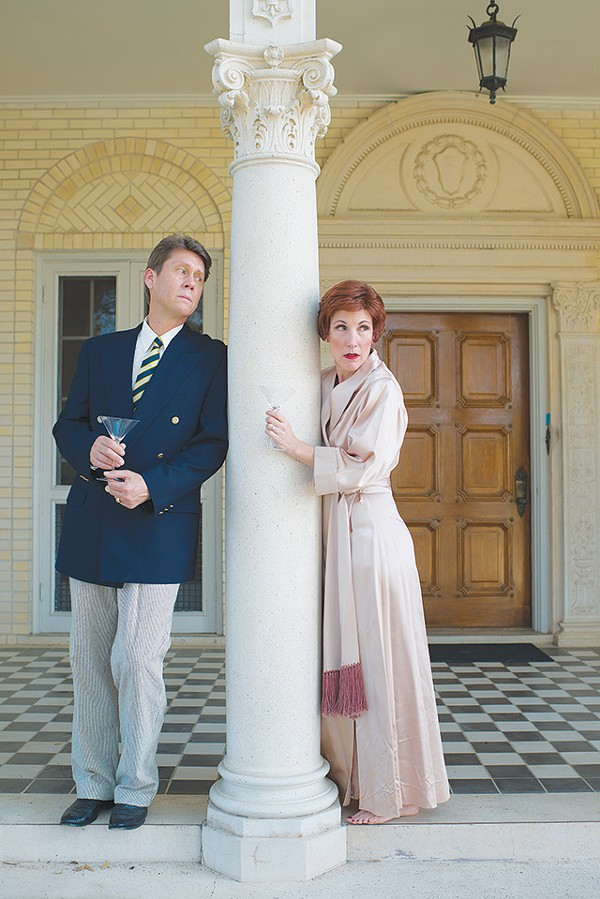 Former spouses Elyot (Wade Young) and Amanda (Anna Gangai) in 'Private Lives' - DWAYNE GREEN