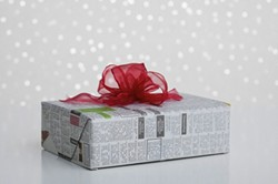 newspaper-gift-wrapjpg
