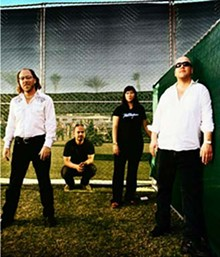 music-acl-pixies_330jpg