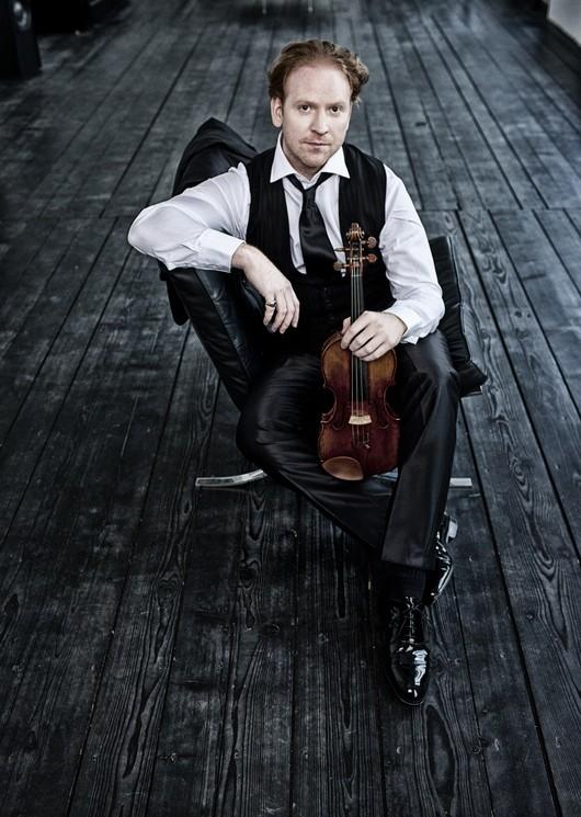 Guest violinist Daniel Hope - VIA SASYMPHONY.ORG