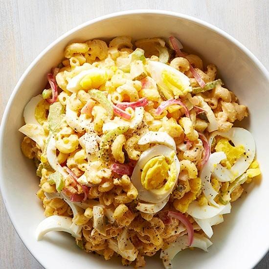 deviled-egg-macaroni-pasta-salad-1116028l1.jpg