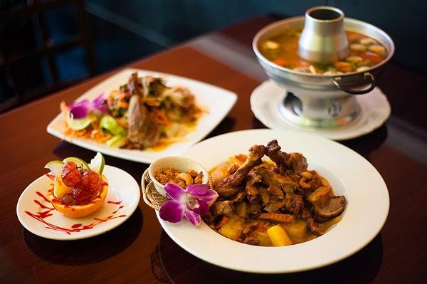 Load up on duck at Saeb Thai & Noodles - LOUIE PRECIADO