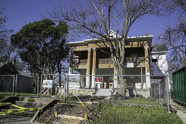 Many formelry rotting homes in Dignowity Hill are now being brought back to life. - J. MICHAEL SHORT
