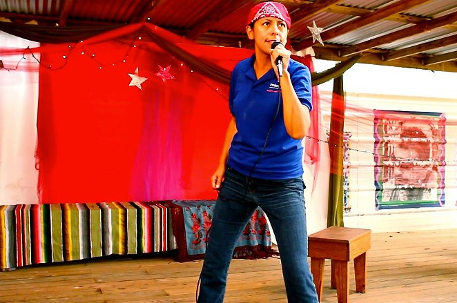 """Anna De Luna will perform her one-woman show """"The AIDS Lady"""" on March 10, National Women and Girls HIV/AIDS Awareness Day. - SALTA SAN ANTONIO"""