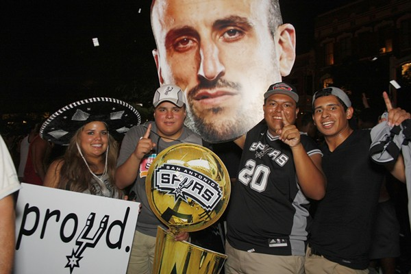 Spurs fans celebrate after the team's 2014 NBA Championship win - MAYRA ALEXANDRA