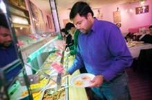 food-indiapalace1_330jpg