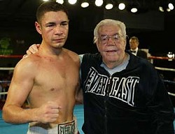 Boxer Oscar Diaz - VIA DEADSPIN