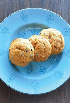 Sweet Toof: Pumpkin Chocolate Chip Cookies from Chocollazo