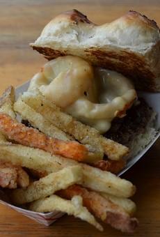 Taste This: Burger du Jour at Cullum's Attaboy