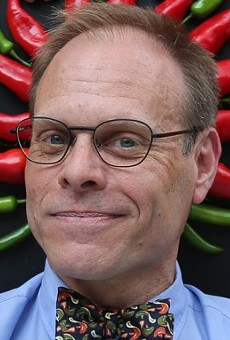 Where should Alton Brown eat in SA?